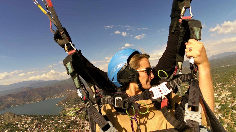 Alejandra Paragliding
