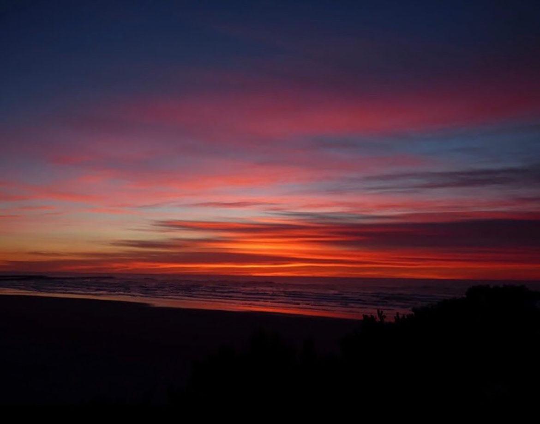 Last sunset of 2018 Oregon Coast - Lynn Mattes